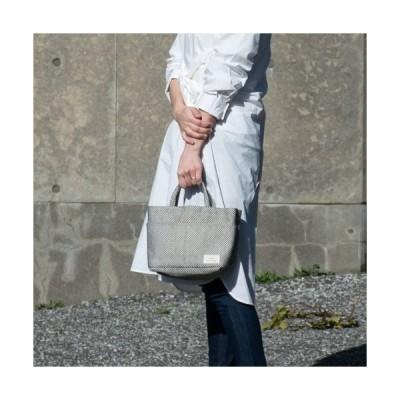 ツインバッグ Twinbag ポケットがたくさんの機能的なコンパクトバッグ