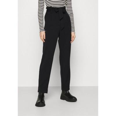 オンリー カジュアルパンツ レディース ボトムス ONLSUNNY PAPERBAG BELT PANT - Trousers - black