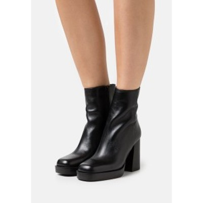 ジン レディース ブーツ&レインブーツ シューズ Platform ankle boots - black black
