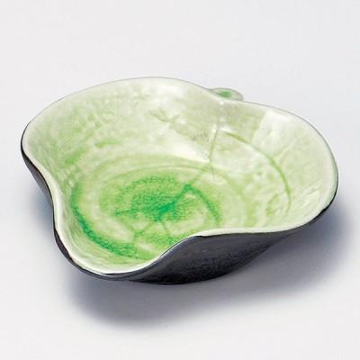 和食器 小さなグリーン 緑ひねり木ノ葉鉢 12×11.7×3cm うつわ 陶器 おしゃれ おうち