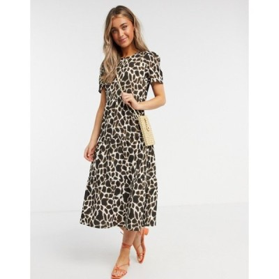 インフルエンス レディース ワンピース トップス Influence tiered smock midi dress in giraffe print