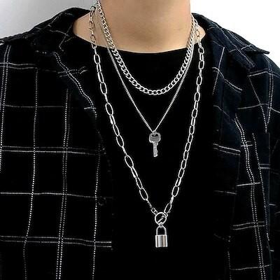 ネックレスヒップホップスタイルキーロックジュエリー韓国版ペンダント多層チェーン鎖骨