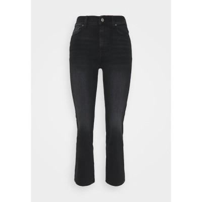 7フォーオールマンカインド デニムパンツ レディース ボトムス THE STRAIGHT CROP SOHO - Straight leg jeans - black