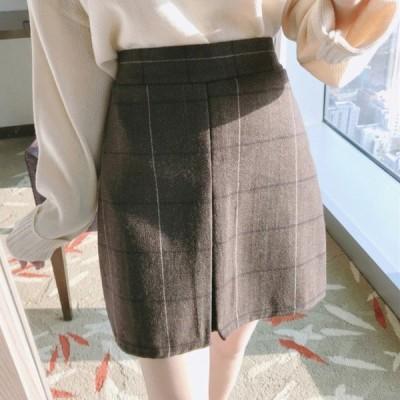 レトロなチェック柄のハイウエストインバーテッドプリーツスカート