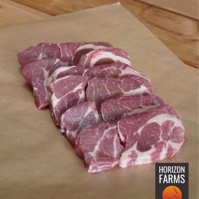 ニュージーランド産 高品質 ラムショルダー 焼肉用 厚切り スライス 300g 100% グラスフェッド フ リーレンジ 放牧 ホルモン剤不使用 抗生物質不使用