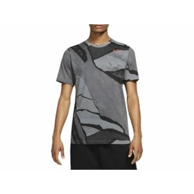 ナイキ:【メンズ】DFC シーズナル AOP S/S Tシャツ【NIKE スポーツ トレーニング 半袖 Tシャツ】