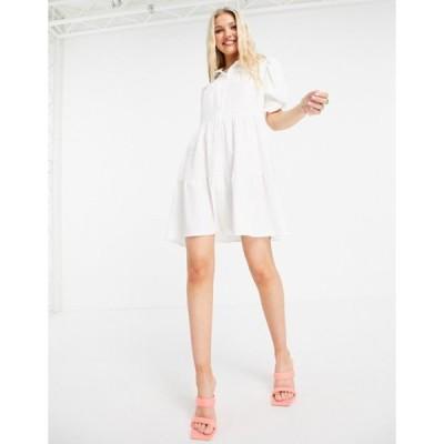 アウトレイジャスフォーチュン レディース ワンピース トップス Outrageous Fortune tiered smock dress in white