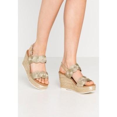 マルコ トッツイ レディース サンダル シューズ High heeled sandals - platinum platinum
