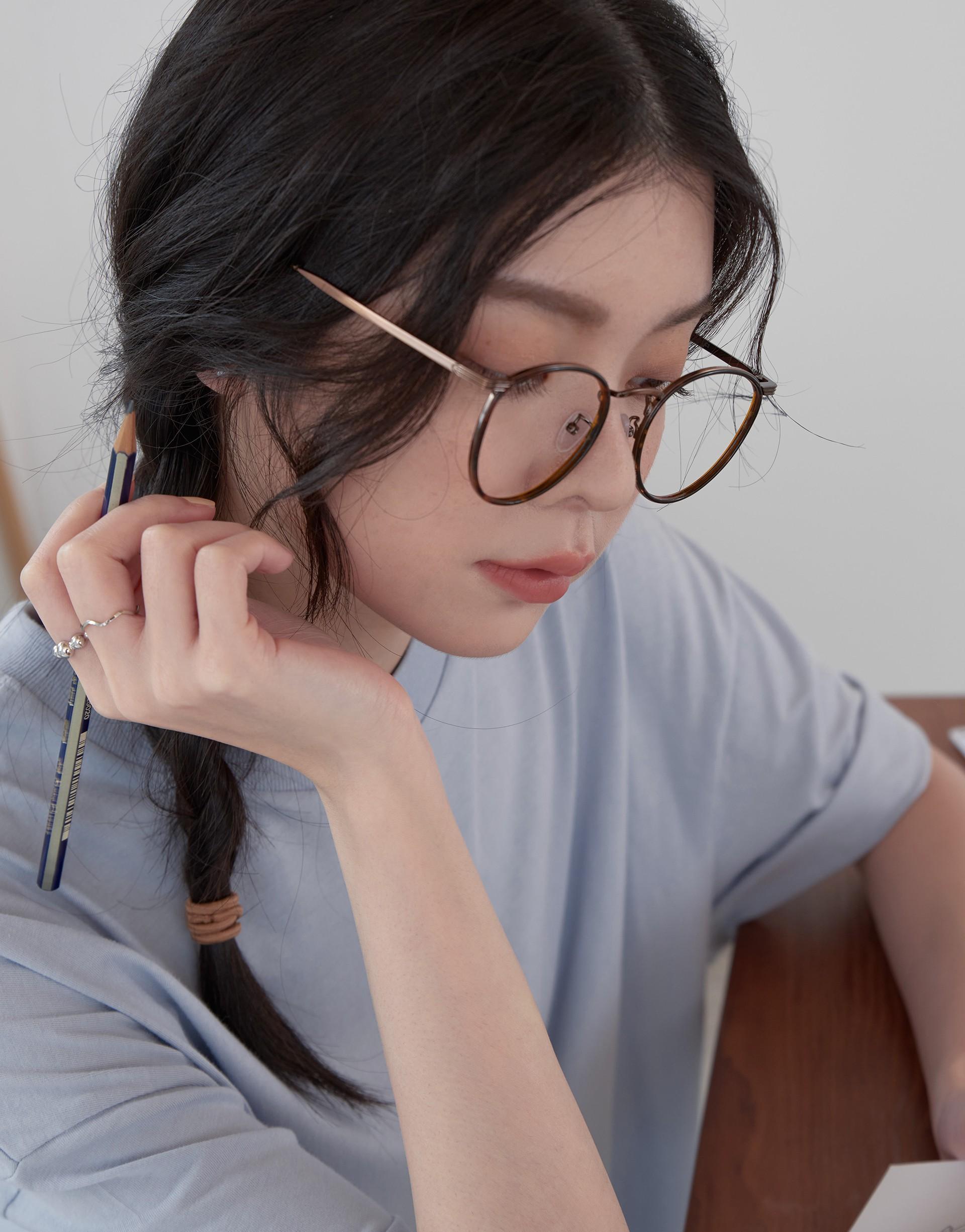 時髦金屬框造型眼鏡-PAZZO