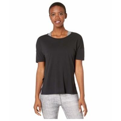 ナイキ レディース シャツ トップス Yoga Layer Short Sleeve Top Black/Dark Smoke Grey