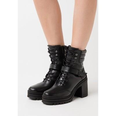 ジン ブーツ&レインブーツ レディース シューズ Platform ankle boots - black