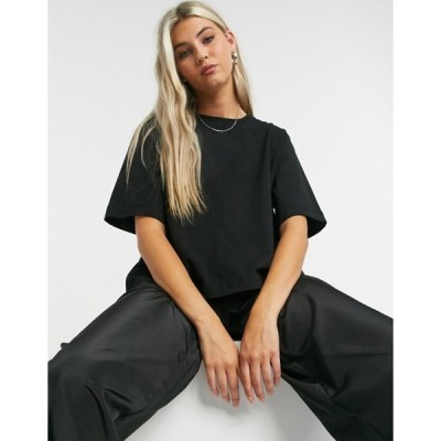 ウィークデイ レディース シャツ トップス Weekday Trish organic cotton modern boxy t-shirt in black