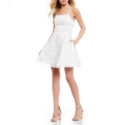 シークインハーツ レディース ワンピース トップス Lace-Up Back Burnout Organza Fit and Flare Dress