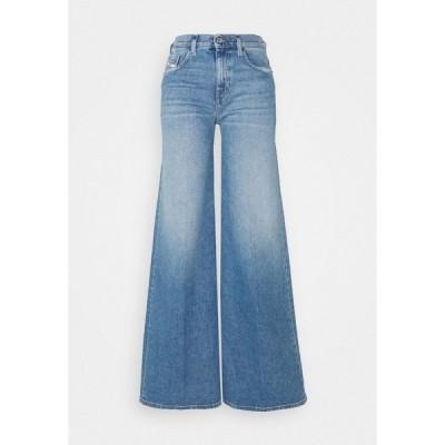 ディーゼル デニムパンツ レディース ボトムス D-AKEMI - Flared Jeans - light blue