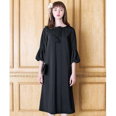 ドレス フラワーモチーフが特別なブラックドレス
