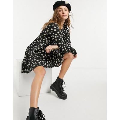 ウェンズデーガール ミニドレス レディース Wednesday's Girl mini skater dress in daisy print エイソス ASOS ブラック 黒