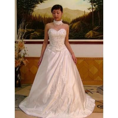 wdk147 首飾り付き ウエディングドレス