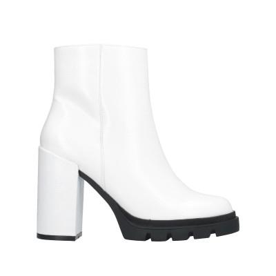 スティーブ マデン STEVE MADDEN ショートブーツ ホワイト 6 ポリウレタン ショートブーツ