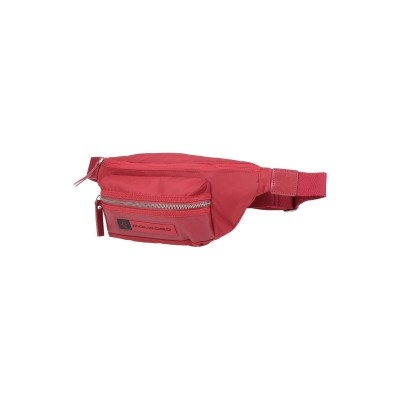 PIQUADRO バックパック&ヒップバッグ レッド エコニール® / 革 バックパック&ヒップバッグ