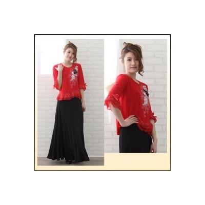 コーラス衣装.コーラストップスに、身頃生地はラメ入りストレッチ素材で、身頃左部分に豪華な刺繍・大変豪華な刺繍とすそぺプラム。赤 ゆったりMサイズ