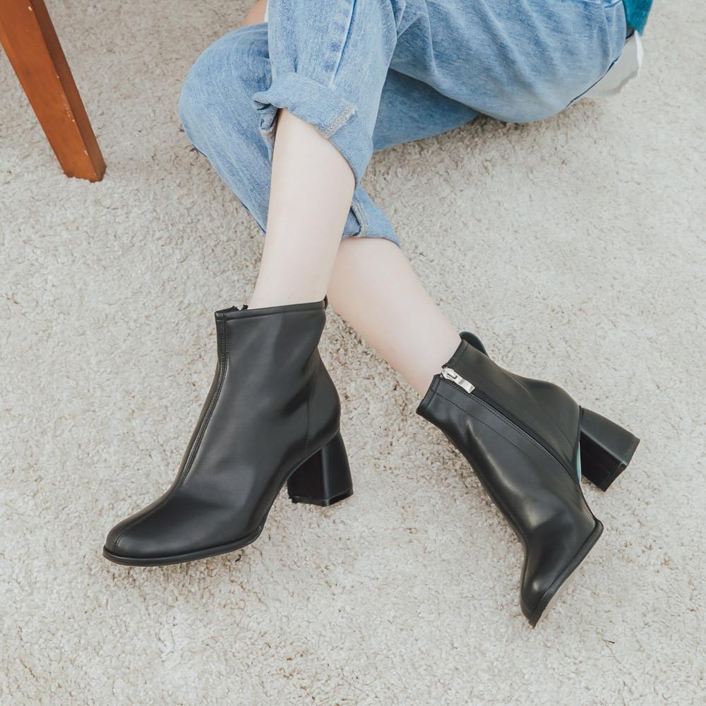 2.Maa 氣質唯美‧拉鍊微尖頭粗跟短靴 - 黑色