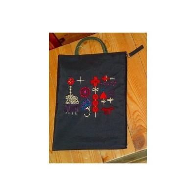 またのあつこ マタノアツコ ポーチ 日本製 かわいい 可愛い ギフト プレゼント  俣野温子 小さな森 刺繍フラットポーチ (ブラウン)