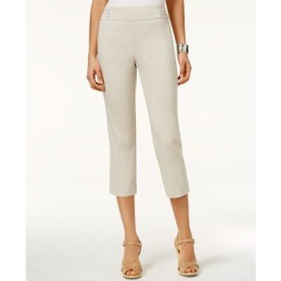 ジェイエムコレクション レディース カジュアルパンツ ボトムス Petite Rivet-Detail Tummy Control Capri Pants, Created for Macy's St