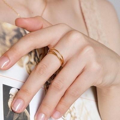 新品お試し価額!18Kステンレス製リング 指輪 アクセサリー ツイスト 一粒 ジルコニア ビジュー シンプル デイリー 結婚式 カジュアル 小物リング 指輪 アクセサリーXR84