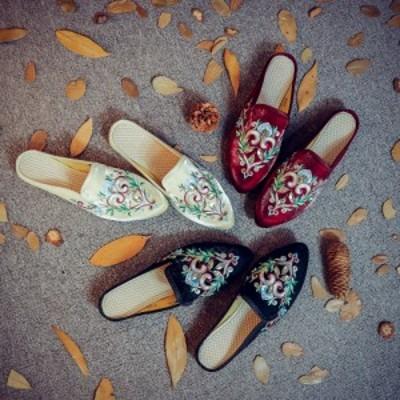 高級な感じレディースシューズ刺繍チャイナ靴サテン北京靴ダンスシューズ夏パンプス森ガール ローヒール スリッパ  サンダル ダイヤ