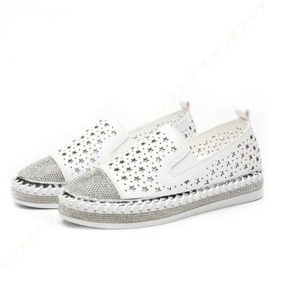 スニーカー スリッポン 星柄 フラットシューズ 軽い 黒 白 レディース カジュアルシューズ 大きいサイズ 歩きやすい フラット シューズ 美脚 履きやすい 革靴
