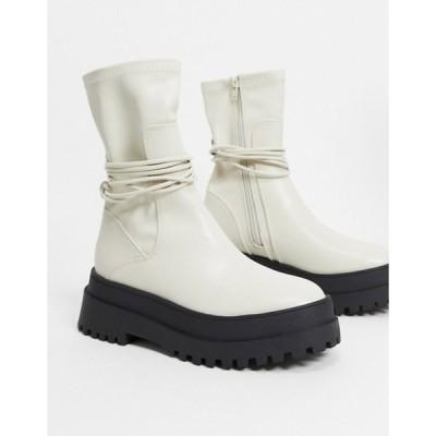 パブリックデザイア レディース ブーツ・レインブーツ シューズ Public Desire Finale chunky flat ankle boots with tie in bone