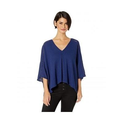 LAmade エルエーメイド レディース 女性用 ファッション セーター Carmen Poncho Top with Shoulder Detail - Blue
