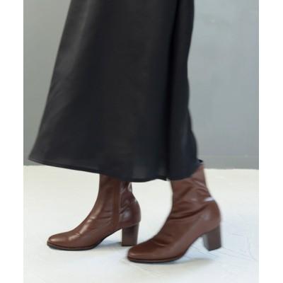 SESTO / 革ピース×ウッドヒールのスクエアトゥストレッチフィットショートブーツ WOMEN シューズ > ブーツ