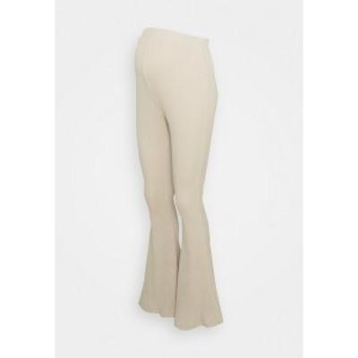 グラマラス ブルーム レディース カジュアルパンツ ボトムス LADIES FLARES - Trousers - ecru ecru
