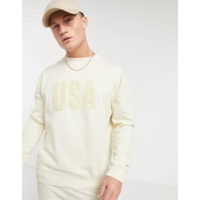 ニュールック メンズ シャツ トップス New Look sweatshirt with USA boucle print Cream