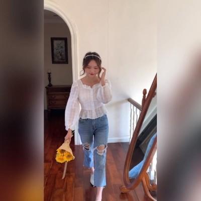 初秋の白い格子縞のバブルシフォンシャツ女性のスクエアカラー長袖プリーツフリルクロップドトップ(裏地付き)