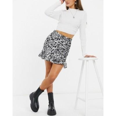 インザスタイル レディース スカート ボトムス In The Style x Shaughna tiered frill mini skirt in multi Multi