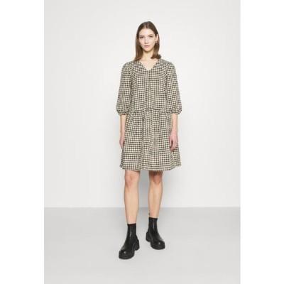 レディース ファッション KVILLE 1983 - Day dress - cocoon