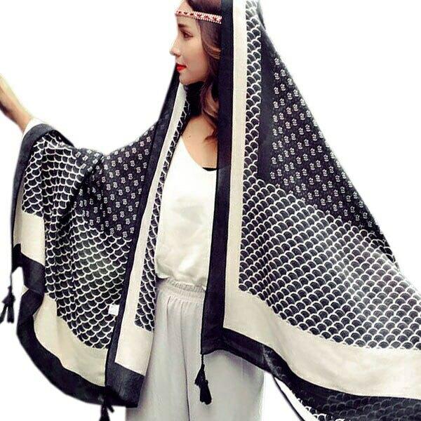 OT SHOP 防曬空調絲巾 文青女孩 黑白幾何 菱形圍巾 披肩 棉麻觸感 黑白配色/造型流蘇‧現貨‧D1941