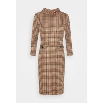 モア アンド モア レディース ワンピース トップス DRESS SHORT - Shift dress - soft caramel multicolor soft caramel multicolor