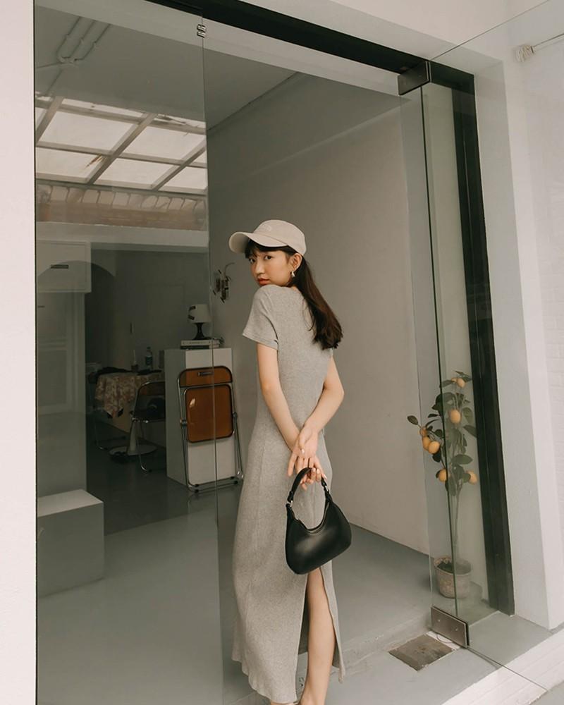 後開岔羅紋短袖洋裝-Mercci22