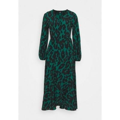 ウォリス  ワンピース レディース トップス GRAPHIC ANIMAL WRAP DRESS - Day dress - green