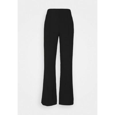 マッズ ノーガード カジュアルパンツ レディース ボトムス RECYCLED SPORTINA PIRLA - Trousers - black