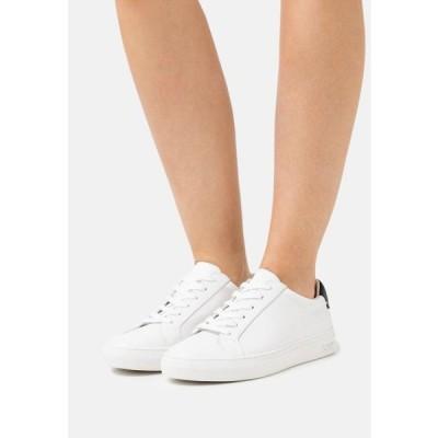 ディーケーエヌワイ レディース 靴 シューズ COURT - Trainers - white