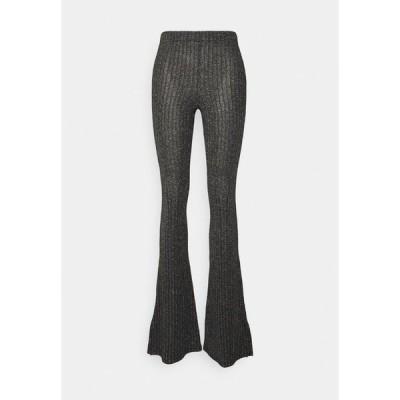 トップショップ カジュアルパンツ レディース ボトムス GLITTER FLARE - Trousers - black