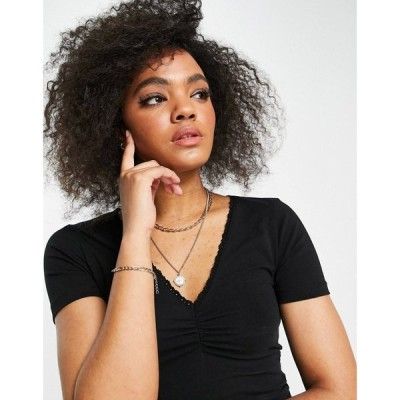 エイソス ASOS DESIGN レディース ベアトップ・チューブトップ・クロップド Vネック V Neck Crop With Ruching Detail And Lace Trim In Black ブラック