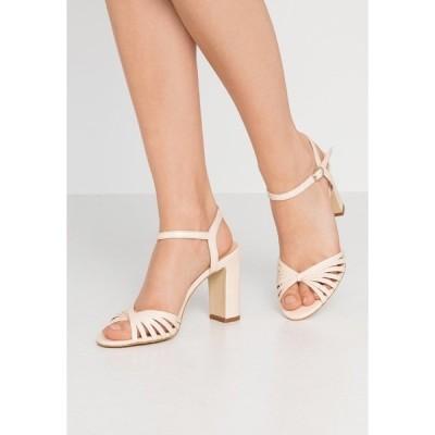 ジョナック サンダル レディース シューズ VINTO - High heeled sandals - ivoire