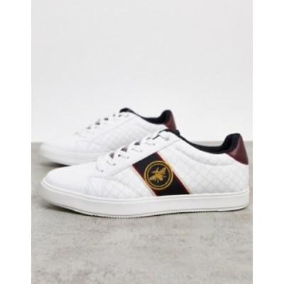 リバーアイランド メンズ スニーカー シューズ River Island sneakers with wasp embroidery in white White