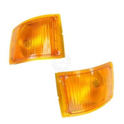 USコーナーライト 90-02国際線用ドーマンフロントサイドマーカーライトアセンブリペア Dorman Front Side Marker Light