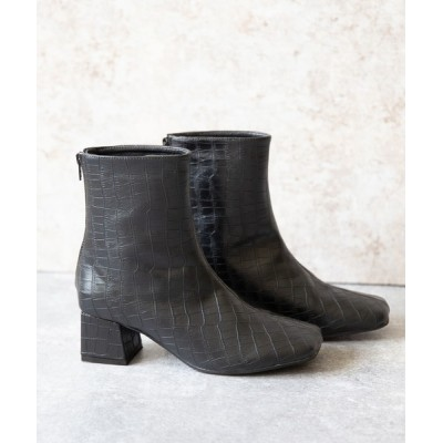 welleg from outletshoes / スクエアトゥ 変形ヒールブーツ WOMEN シューズ > ブーツ